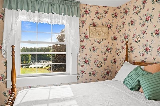 15 Apple Road Brimfield MA 01010