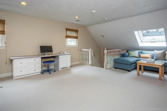 17 Brickyard Lane Westborough MA 01581