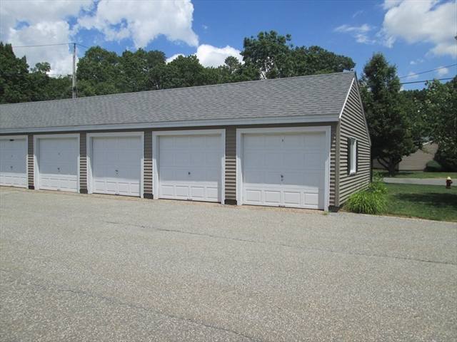 166 Applewood Drive Chicopee MA 01022
