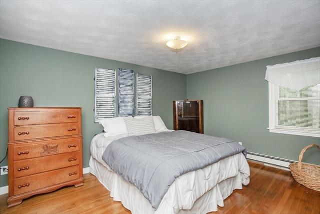 41 Oak Street Halifax MA 02338