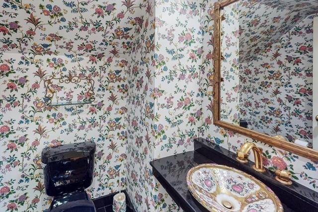24 Manor House Road Newton MA 02459