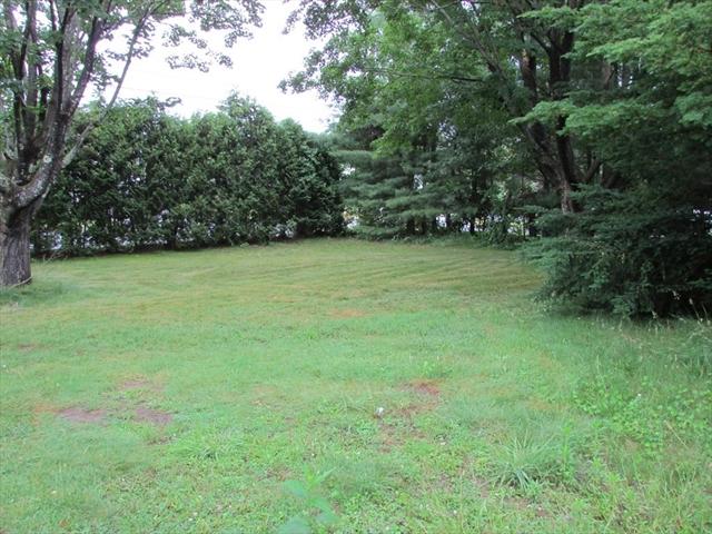 17 Pioneer Circle East Longmeadow MA 01028