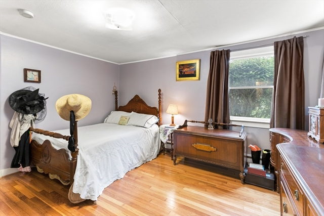 63 Bristol Avenue Barnstable MA 02601