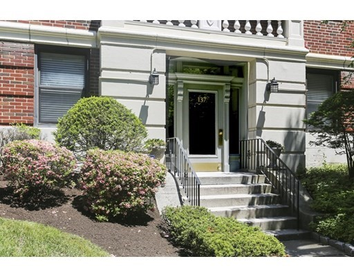137 Englewood Ave Unit 5, Boston - Brighton, MA 02135