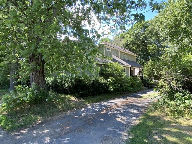 8 Pine Street Deerfield MA 01373