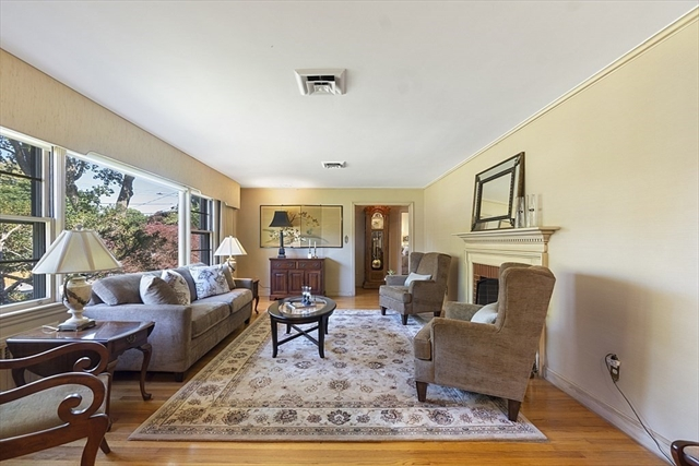 6 Montview Road Chelmsford MA 01824