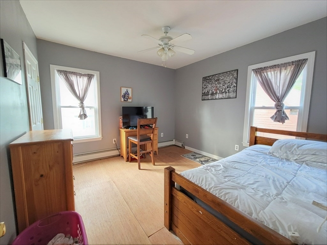 62 Lincoln Street Gardner MA 01440