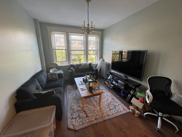 318 Summit Avenue Boston MA 02135