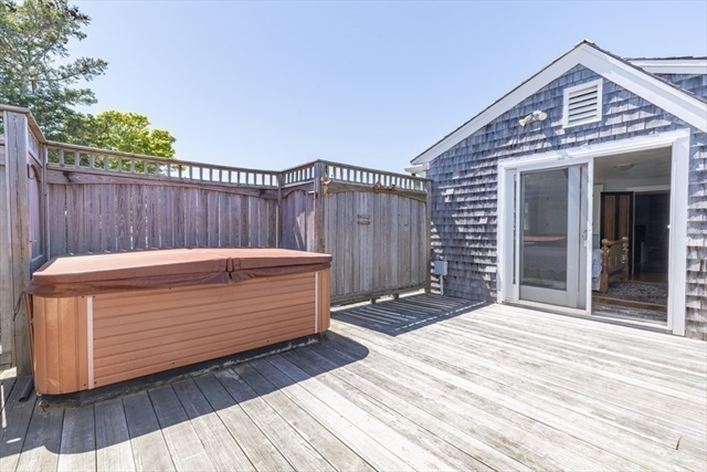 90 Seaview Chatham MA 02633