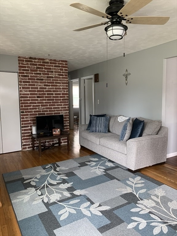 52 Ivy Road New Bedford MA 02745