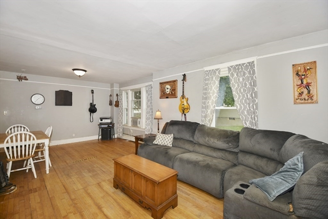 43 Waterford Street Gardner MA 01440