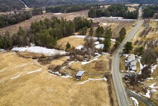 211 Greenfield Road, Colrain, MA: $319,000