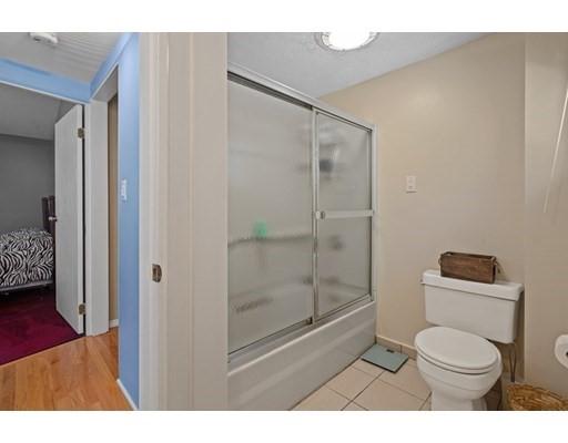 456 Grove St, Braintree, MA 02184
