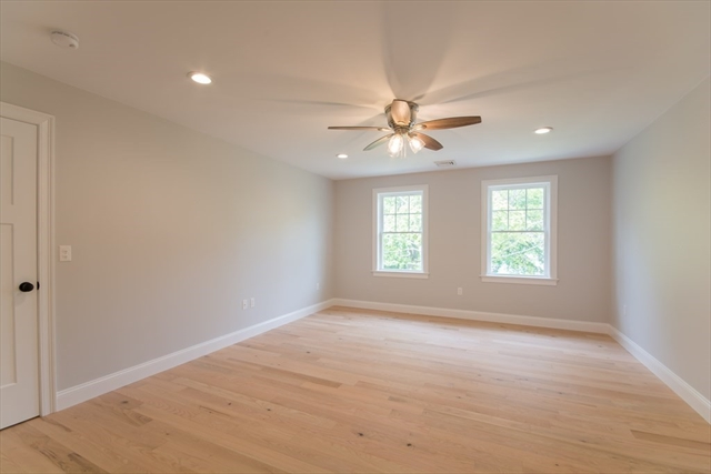 873 Middle Dighton MA 02764
