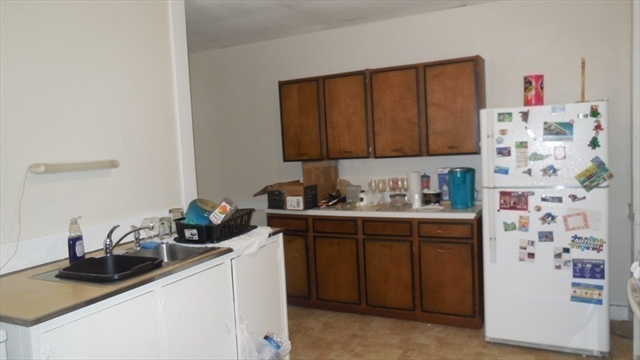 71 Hill Street West Springfield MA 01089