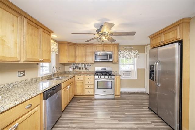 22 Manhattan Avenue Fairhaven MA 02719