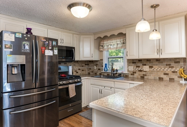 281 Old Strawberry Hill Road Barnstable MA 02601