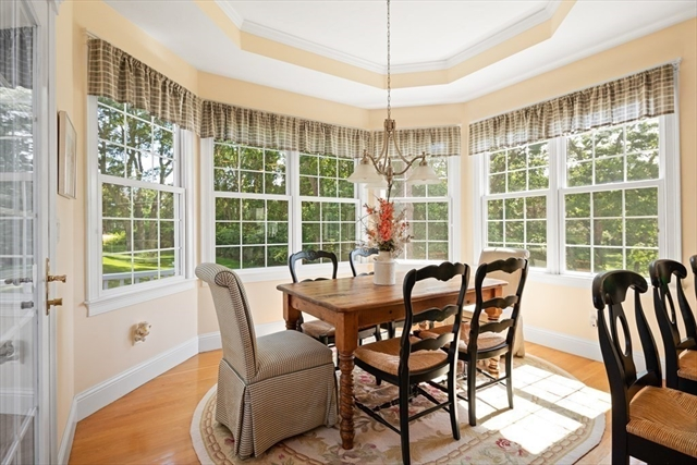 39 White Cliff Drive Plymouth MA 02360