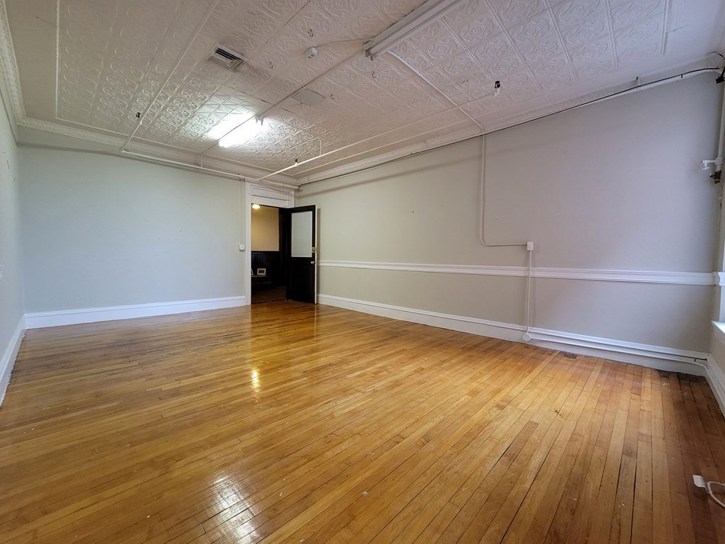 Office space located downtown across from the new district court house ideal for any Business. Office is located on third floor with beautiful common areas, hardwood flooring, window a/c, and common area restrooms. Electric, and Heat included in rental price.