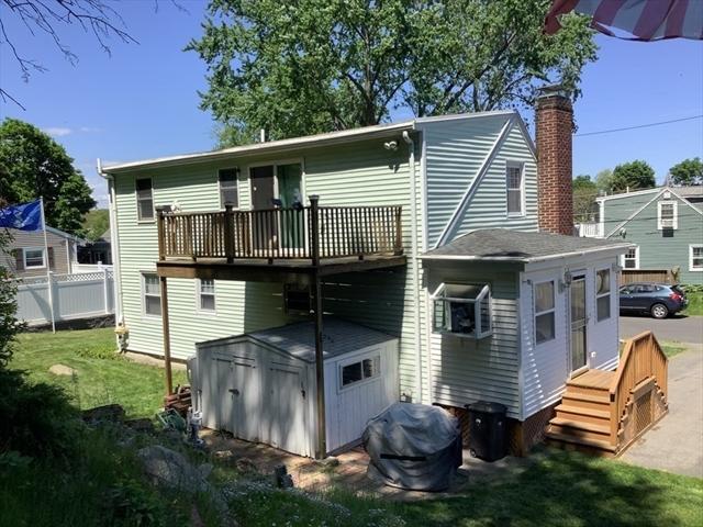 14 Greenwood RD, Peabody MA 01960