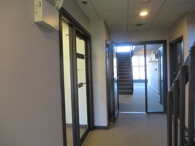 348 Park Street North Reading MA 01864