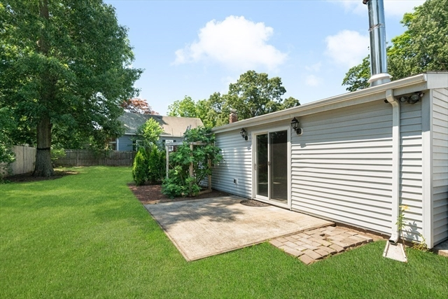 36 Oak Square Attleboro MA 02703