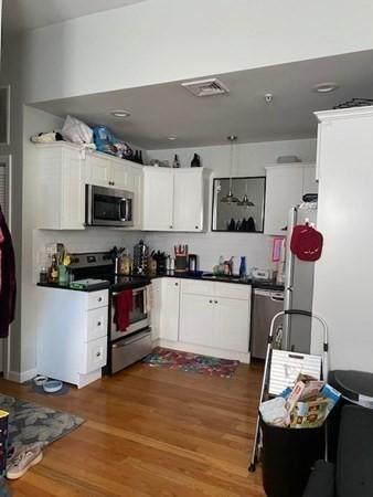 662 Saratoga Street Boston MA 02128