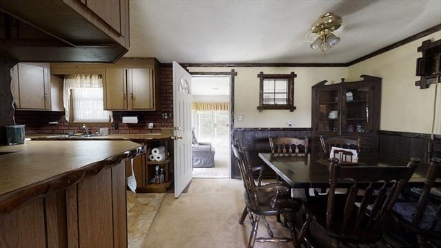 286 Sladen Street Dracut MA 01826