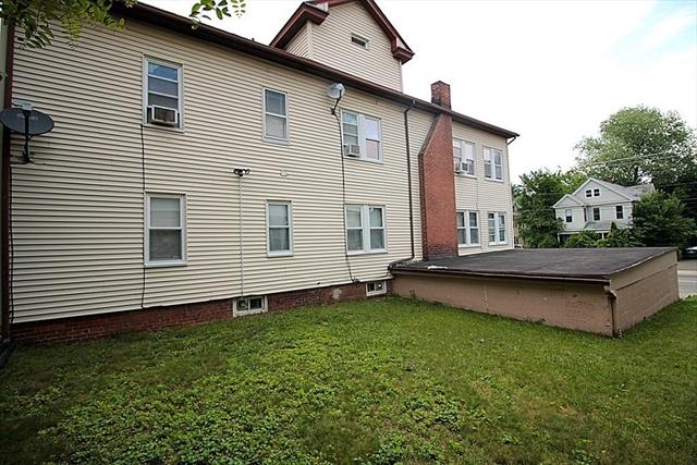 431-433 Hillside Avenue Holyoke MA 01040