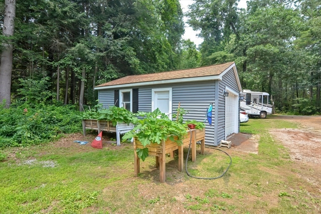 1 Pine Lane Brookfield MA 01506
