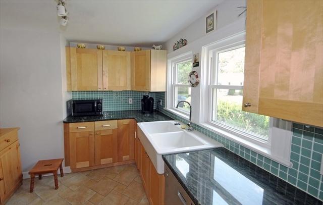 21 Oakcrest Road Weymouth MA 02190