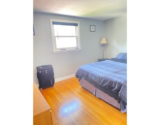 775 Lagrange St #6, Boston, MA 02132