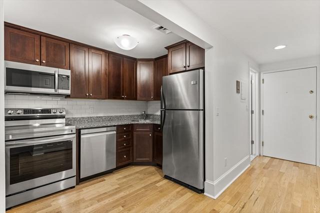 280 Commonwealth Boston MA 02116