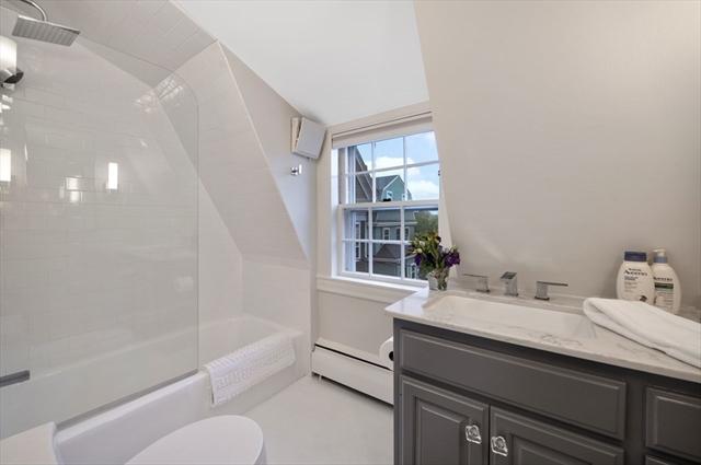 30 Lee Street Marblehead MA 01945