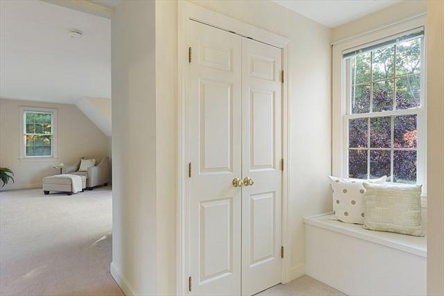 52 Houghton Lane Boxborough MA 01719