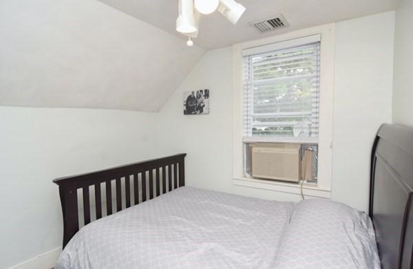15 Perkins Street Amesbury MA 01913