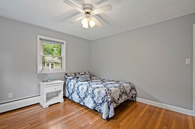 16 Auburn Avenue Wilmington MA 01887