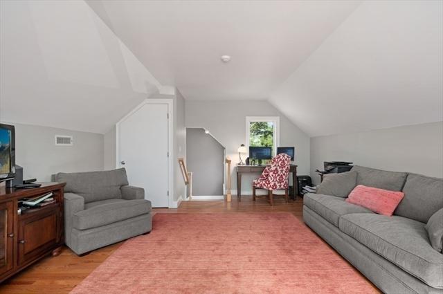 6 Court Lane Ipswich MA 01938