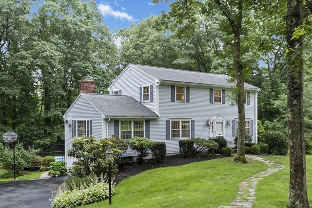 14 Woodhaven Drive Andover MA 01810