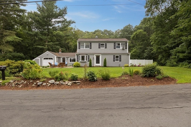 401 Oakridge Avenue North Attleboro MA 02760
