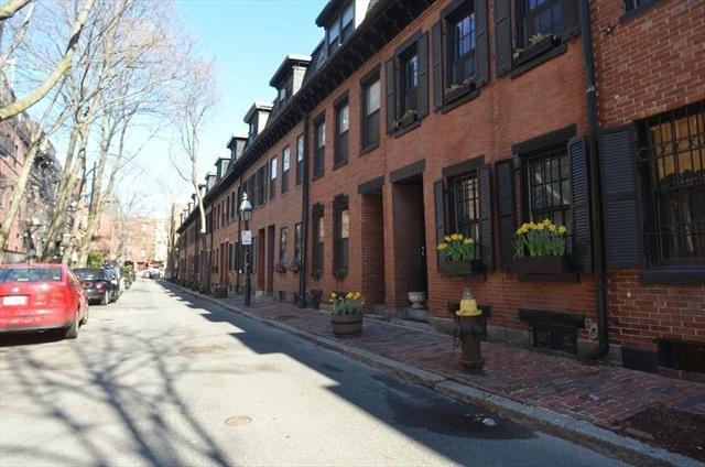 8 Lawrence Street Boston MA 02116
