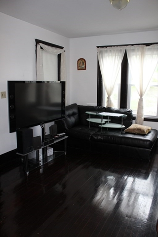 402 Grafton Street Worcester MA 01604