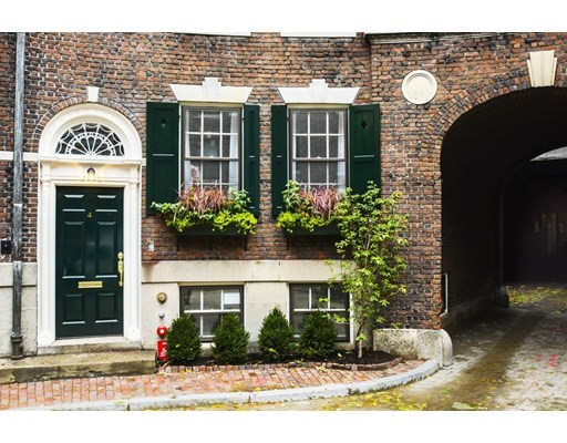 4 West Hill Place, Boston - Beacon Hill, MA 02114