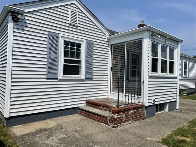96 Caswell Street New Bedford MA 02745