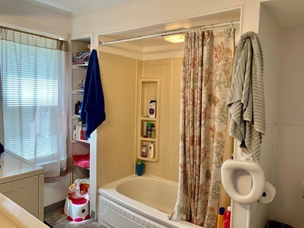 1712-1714 N Main Street Palmer MA 01069