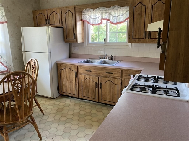 40 Blueberry Terrace New Bedford MA 02745