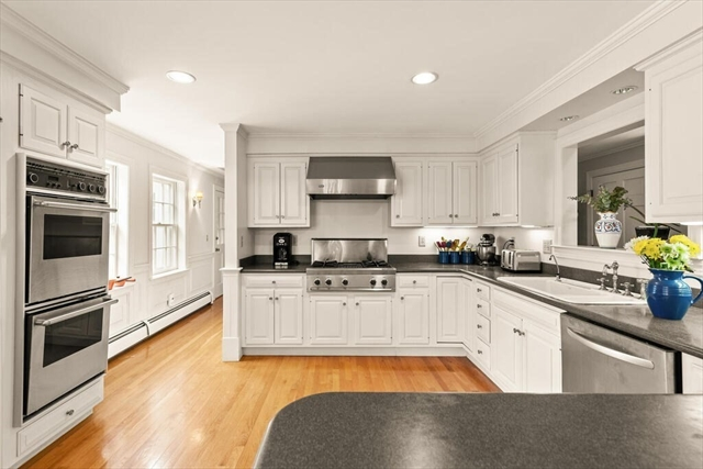 11 Thissell Street Beverly MA 01965