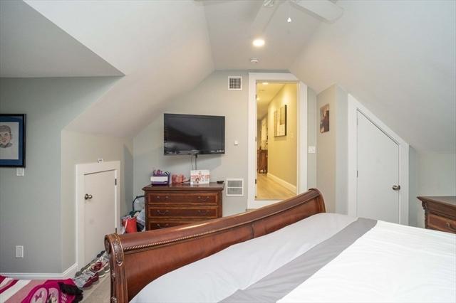 859 Cohannet Street Taunton MA 02780
