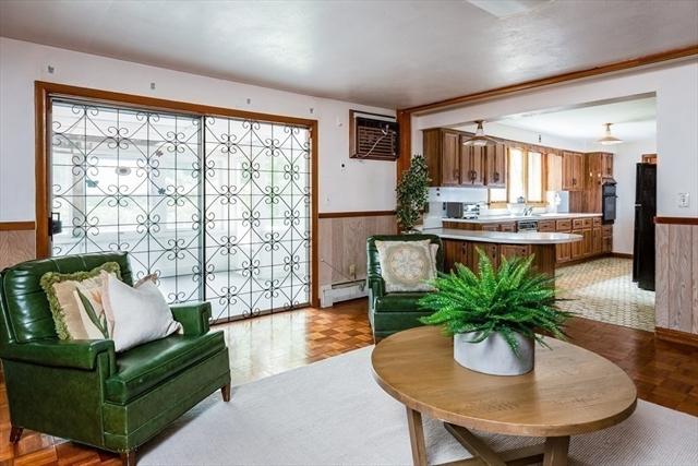 589 South Avenue Weston MA 02493