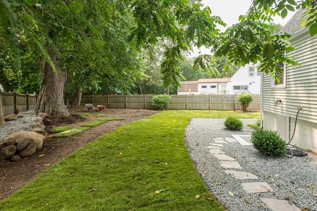 30 Lone Pine Path Weymouth MA 02188